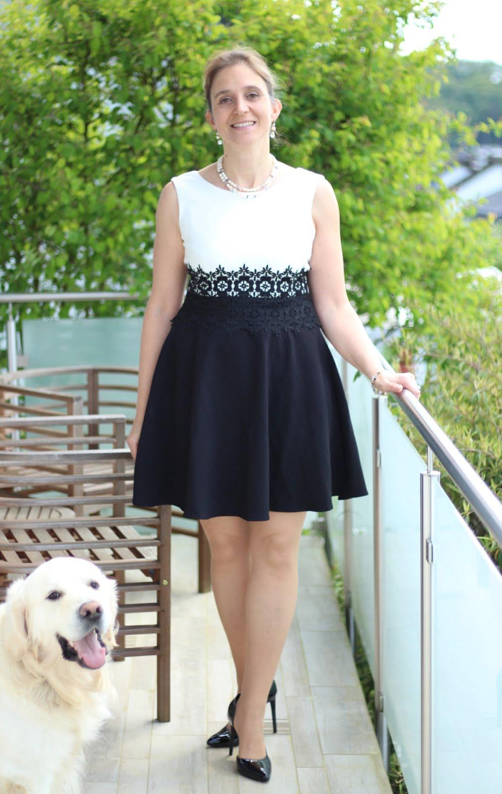 Zauberhaft für die Zauberflöte - schwarz-weißes Cocktailkleid für einen Abend in der Oper: Fashion Friday again!