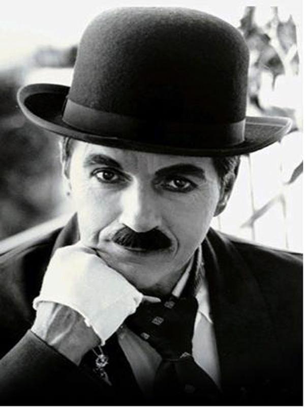 Charlie Chaplin : MandelaEffect