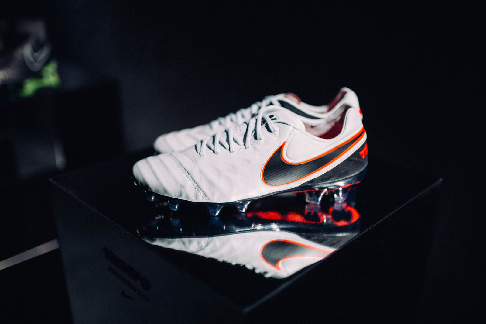 Nike Liquid Chrome 2015-2016 Football Boots Pack Released - Footy Headlines 83bbe8ca75731