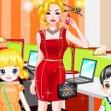لعبة تلبيس ام و اطفالها