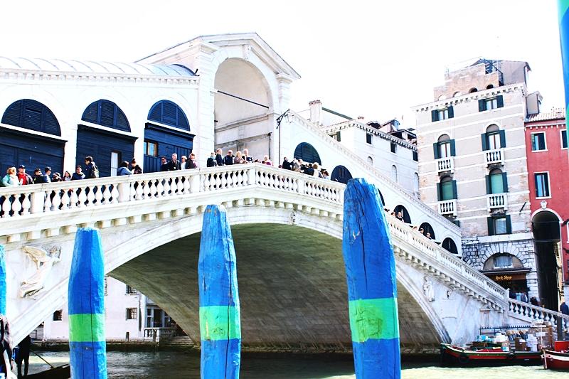 Ponte Rialto in Venice.Most Rialto u Veneciji.