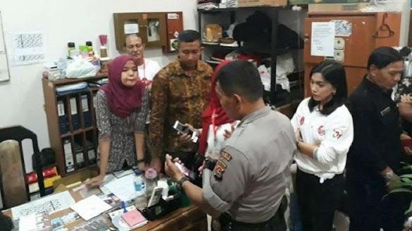 Karyawan Hotel Dibawa Polisi Karena Pose Dua Jari, BPN : Ini Indonesia Bung!