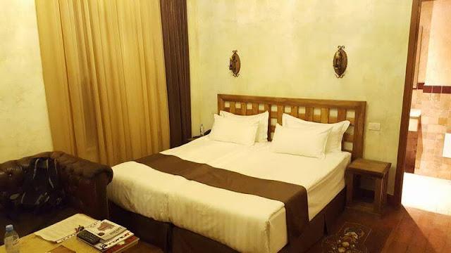 camas Caucasus hotel Erevan