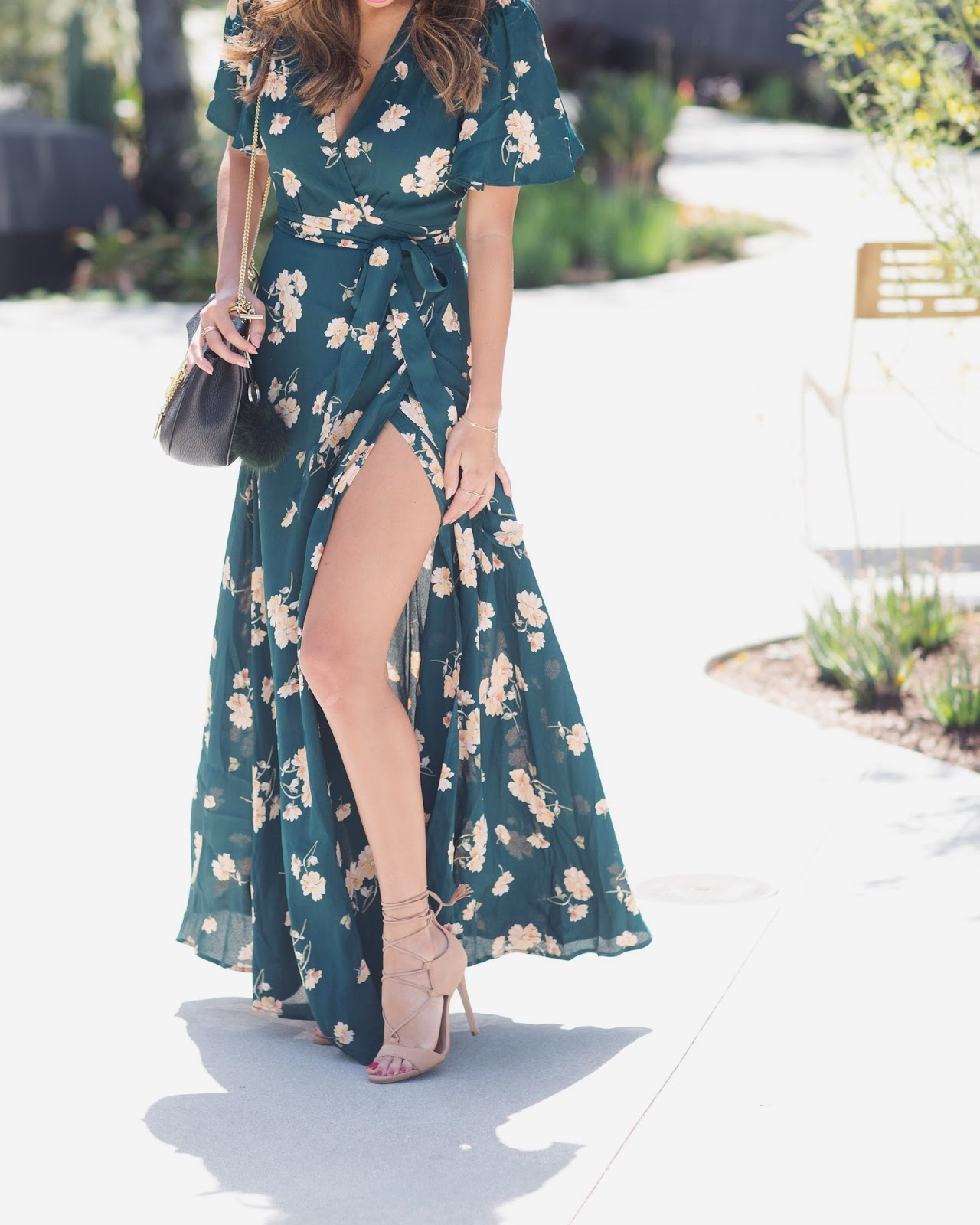 how to wear maxi dress petite frame, wrap maxi dress for wedding,