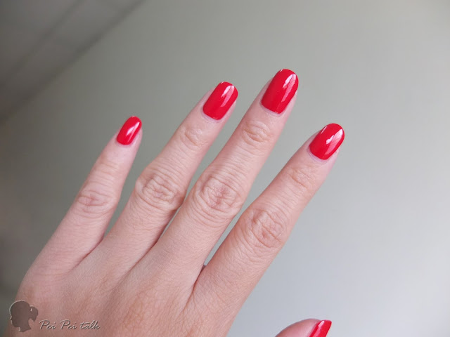 essie-gel couture-rock the runway-試色