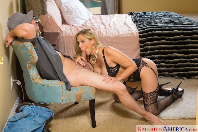 Julia-Ann-%3A-Client-fucking-in-the-bedroom-with-her-tits-%23%23-NAUGHTY-AMERICA-e6sa5ojt7j.jpg