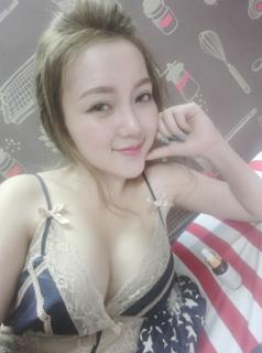 Dj Na Uyên Hoàng mì gõ – Dj Na lộ núm bikini