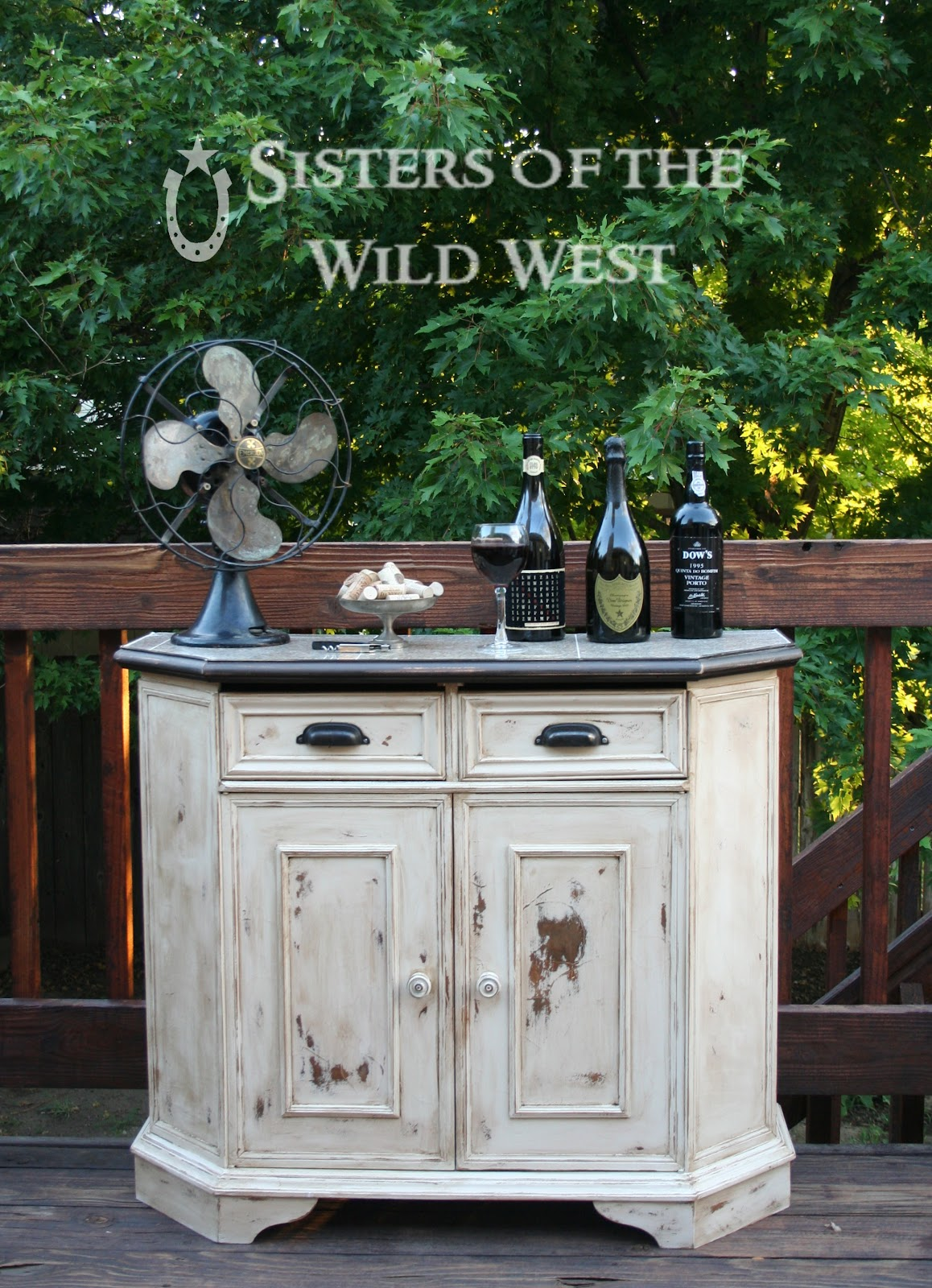 Sisters Of The Wild West P O S To A Fabulous Mini Bar