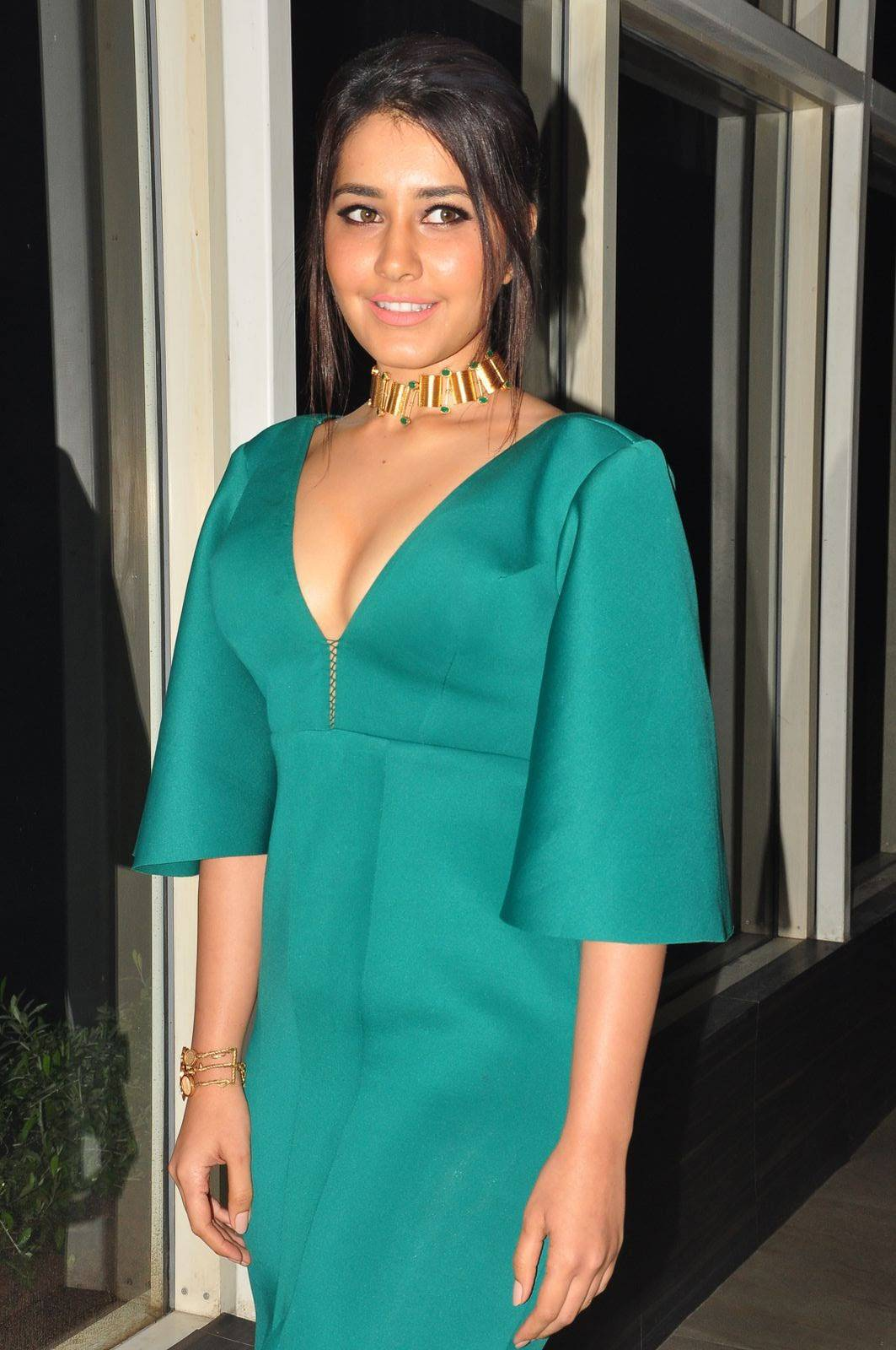 Rashi Khanna At Hyper Theatrical Trailer Launch In Hot Sizzling Green Dress