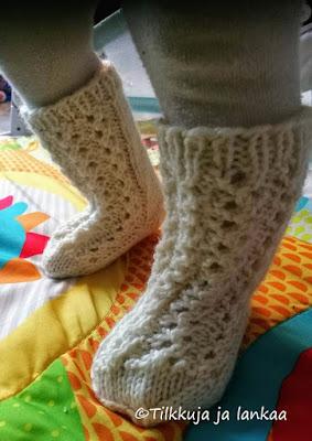 muurahaisenpolku, sukat vauvalle, 7-veljestä, vauvan sukat
