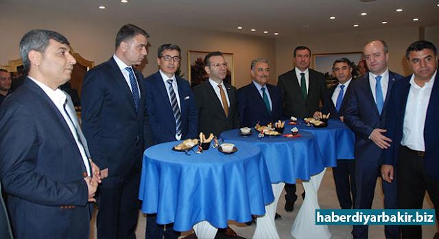 """DİYARBAKIR-Diyarbakır'da Karacadağ Kalkınma Ajansı (KKA) tarafından """"Bölgesel Gelişme için Etkin Ortaklıklar Çalıştayı"""" gerçekleştirildi."""