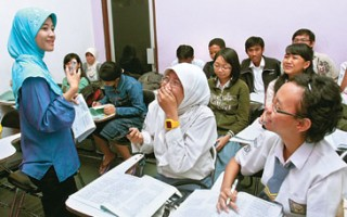 Membangun Bisnis (Wirausaha) Bimbingan Belajar