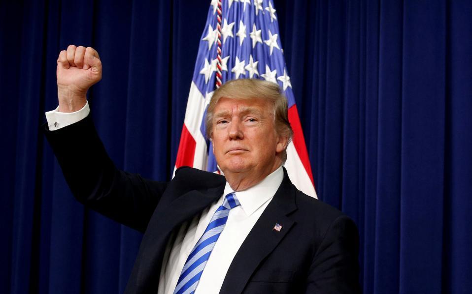 Διάγγελμα Τράμπ: «χιλιάδες Αμερικανοί σκοτώθηκαν βάναυσα από αυτούς που εισέρχονται στη χώρα παράνομα και χιλιάδες ακόμη ζωές θα χαθούν αν δεν δράσουμε τώρα»
