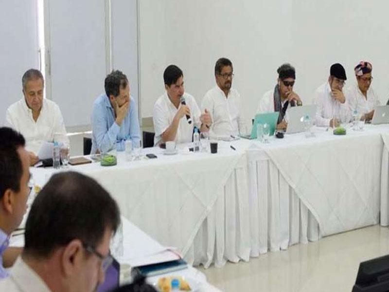 Gobierno colombiano y FARC-EP tranzan nueva ruta de paz