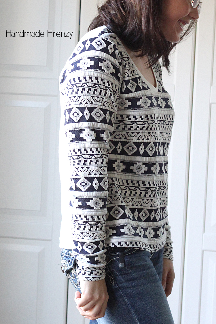 Aztec Montlake Tee // Pattern by Straight Stitch Designs: Sewn by Handmade Frenzy