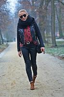 http://www.karyn.pl/2016/12/leopard-boots.html