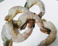Peeled prawns (shrimps) for Tandoori prawns Recipe