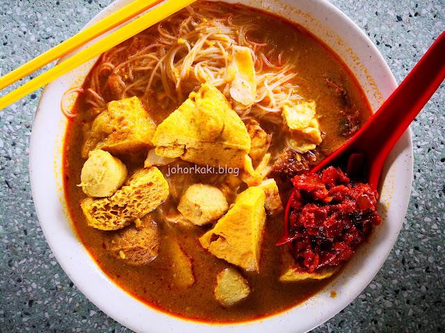 Famous-Curry-Laksa-Pekan-Nanas-李国旗叻沙