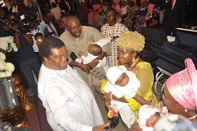 2 - Bayelsa Governor, Seriake Dickson and wife, Rachael dedicate their quadruplets in Church (photos)