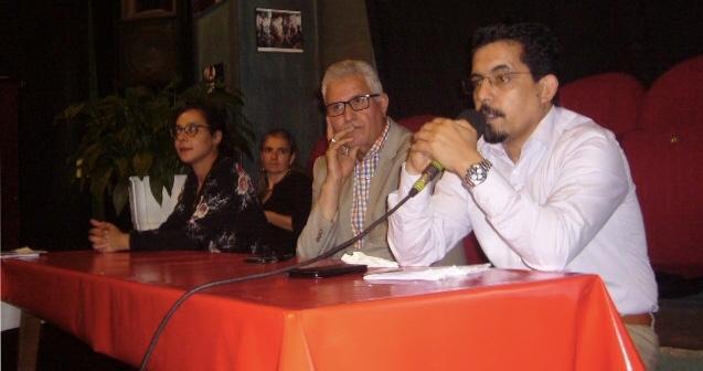 ممثل الجبهة بفرنسا ينشط محاضرة حول القضية الصحراوية بمدينة سان دوني الفرنسية.