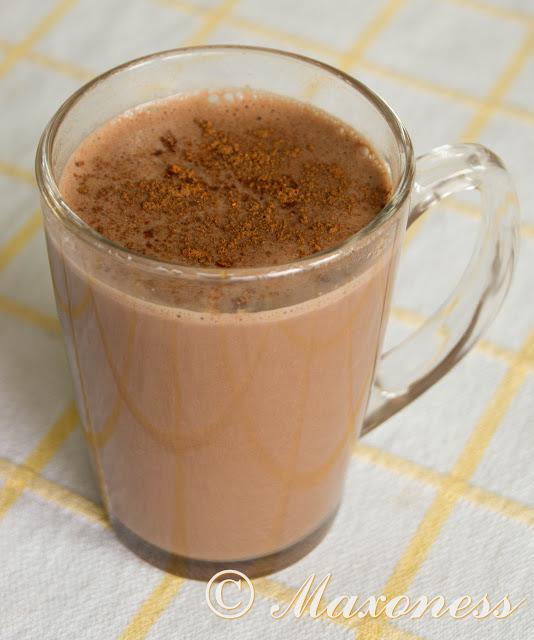 Горячий шоколадно-банановый коктейль. Мексиканская кухня