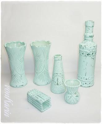 Flaschen mit selbstgemachter Kreidefarbe bemalt - DIY vonKarin