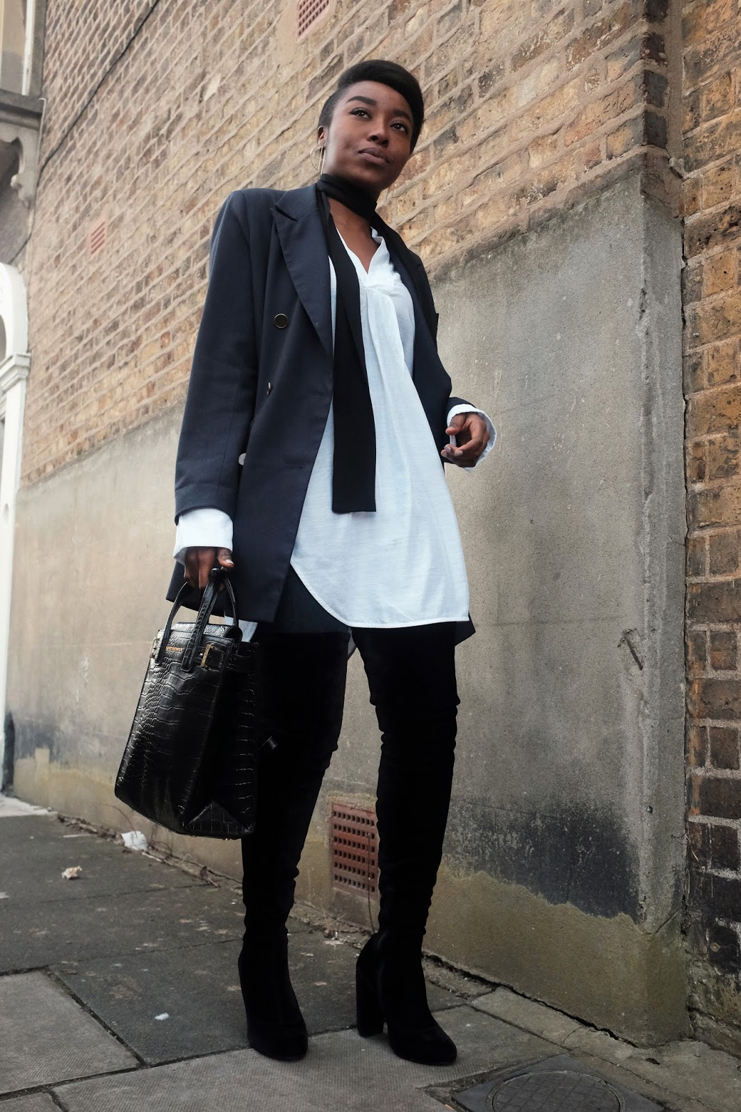 Topshop Archive Blazer Black Asos Skinny Scarf Oversized White Weekday Shirt Kurt Geiger London Black Croc Backpack Velvet Black Wolf Carvela Kurt Geiger Thigh High Boots