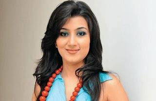 Biodata Nikunj Malik sebagai pemeran Anvesha Khurana