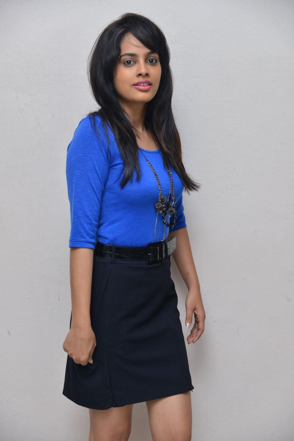 Nandita swtha sizzling in blue top-HQ-Photo-6