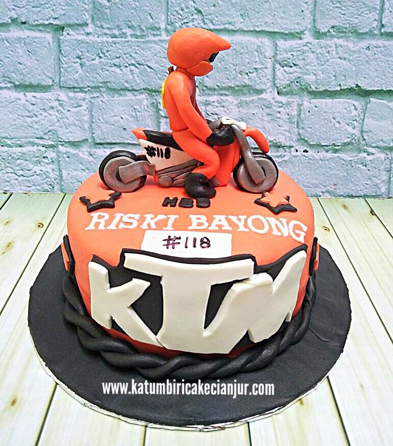 Cake Ultah Tema Motorcross Katumbiri Custom Cake Cianjur