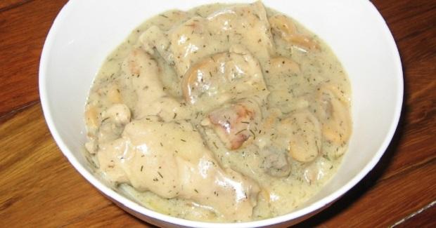 Mushrooms And Chicken In White Sauce Recipe
