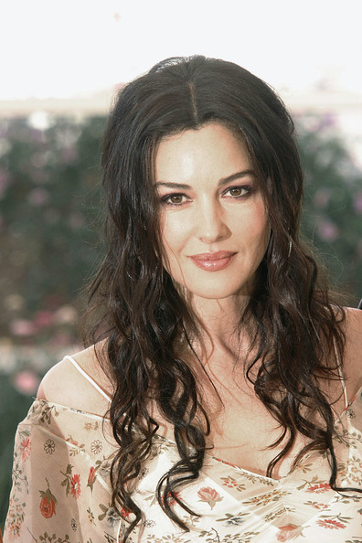 Hot Photos Celebrity: Monica Bellucci Hairstyles