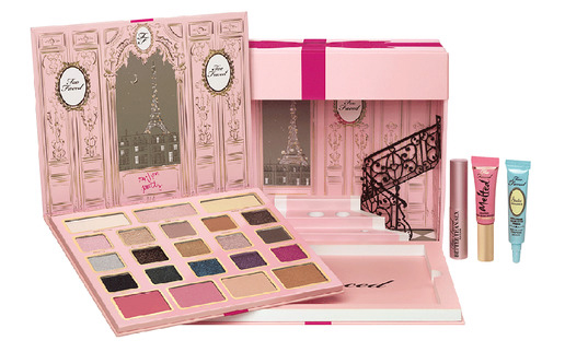 Le Grand Palais, Too Faced