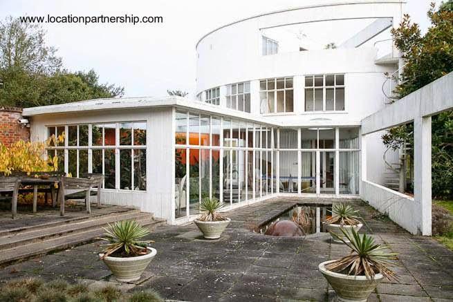 Casa residencial estilo Moderno en Surrey Inglaterra