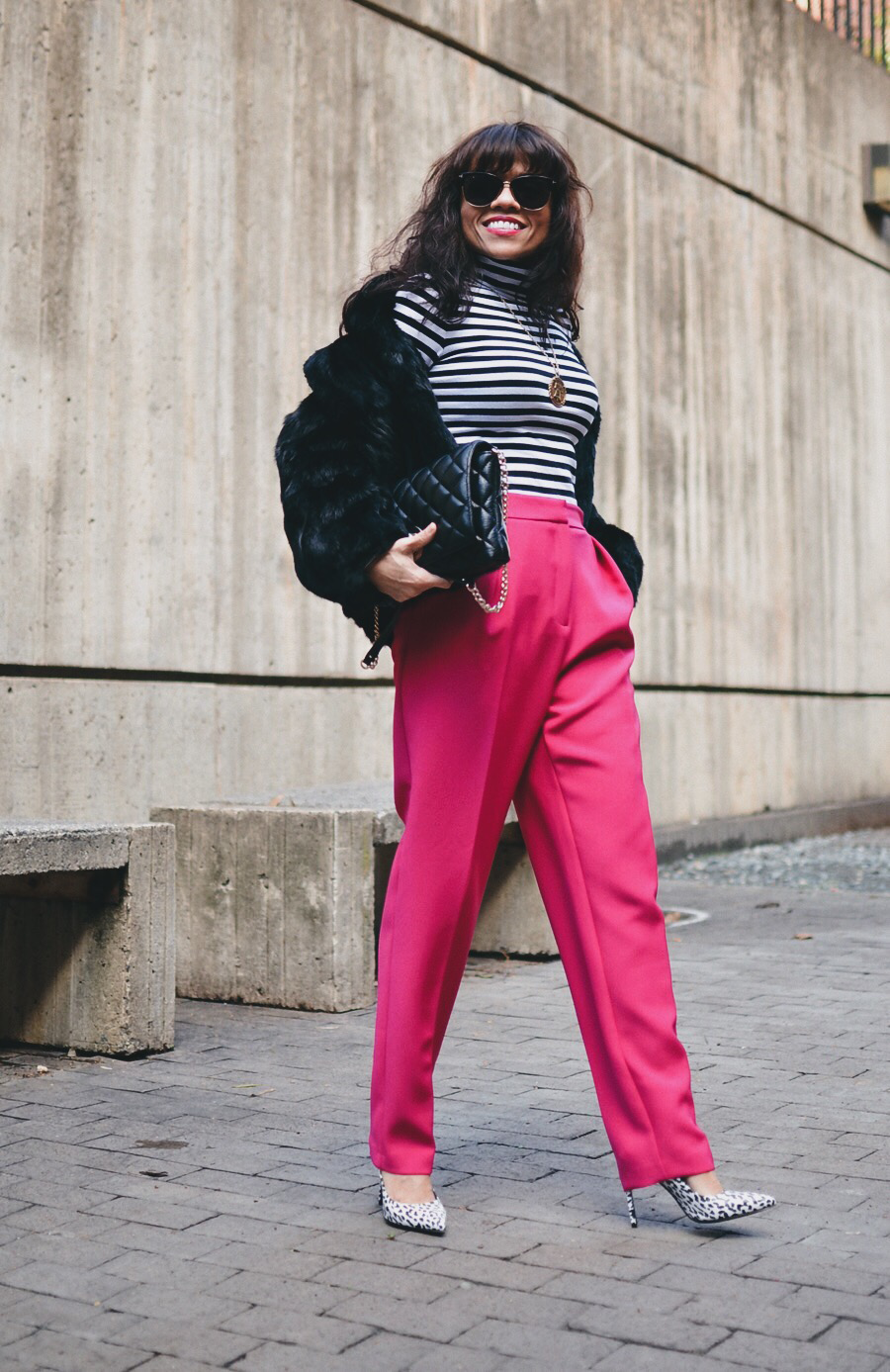 Outfit with peg pants