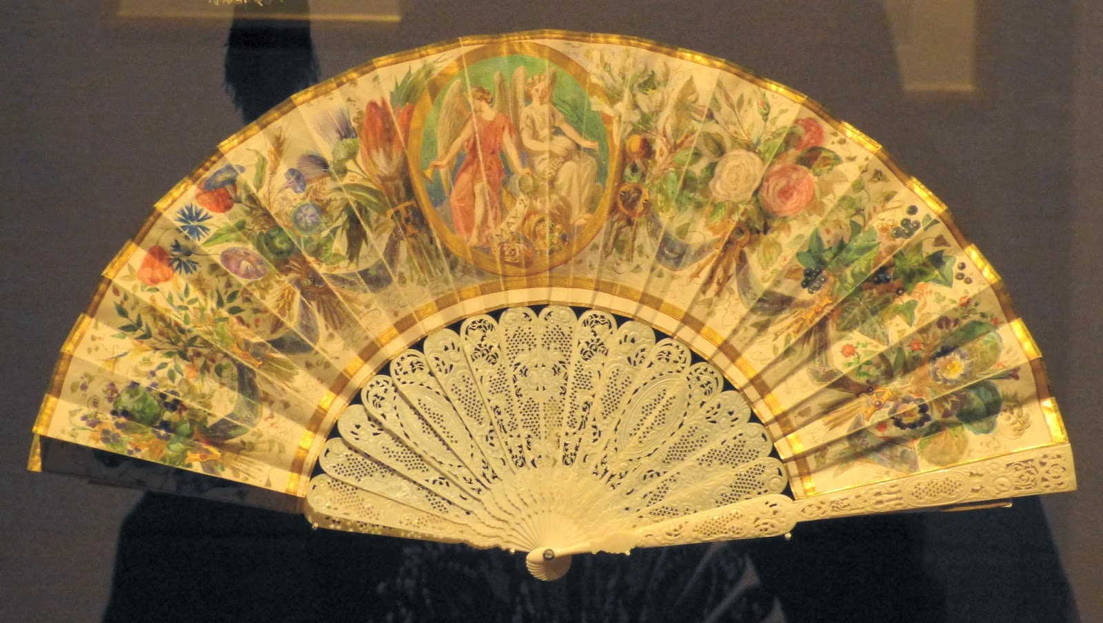The Princess Royal's fan (1856)