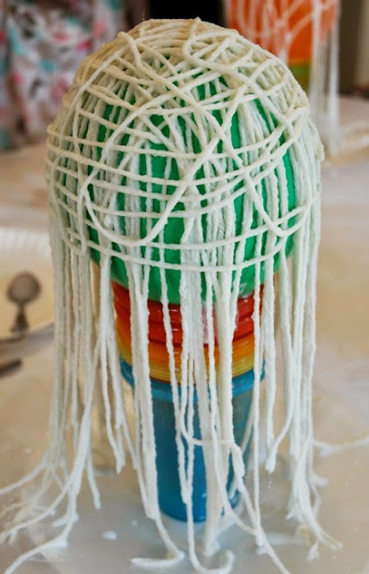 Halloween Yarn Ghost craft for kids