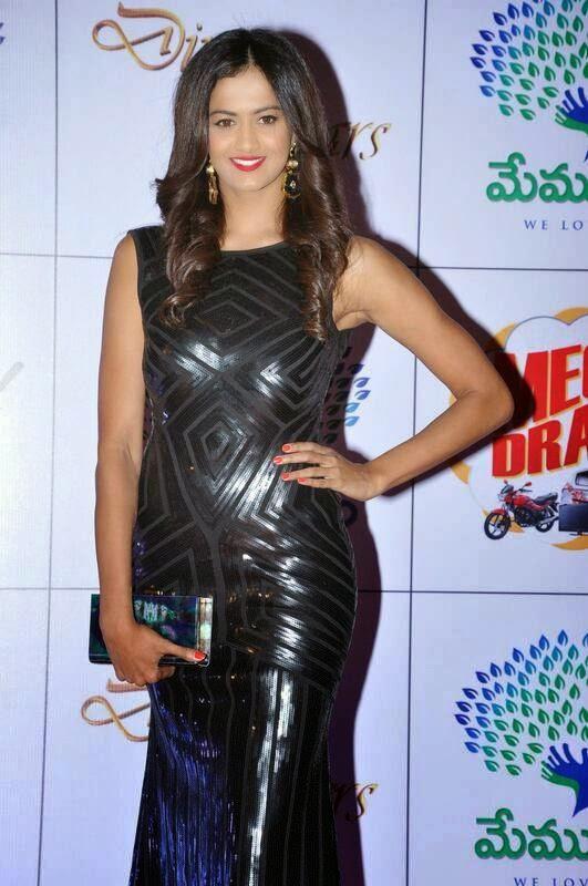 Shubra Aiyappa Pics in Black Dress, Shubra Aiyappa hot Pics in Black Tight Dress - Indian Kim Kardashian