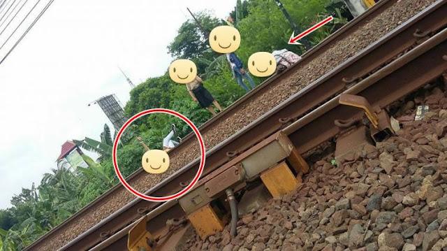 Stop Berselfie di Rel Kereta, Bahaya Mengancam dalam Keasyikan