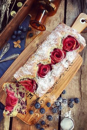 recetario-dulce-19-recetas-arandanos-loaf-cake-rosas-manzana