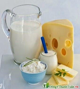 bệnh viêm mũi dị ứng không nên uống sữa