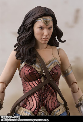 Wonder Woman S.H. Figuarts de Justice League - Tamashii Nations
