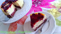 http://koracynamonu.blogspot.com/2015/05/sernik-z-wisniami-na-czekoladowym.html