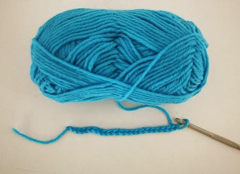 Rainbow blanket, diamond stitch - FREE crochet pattern | Happy in Red
