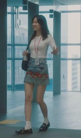 gong_hyo_jin_korean_actress_romantic_comedy_queen_fashion_styles_jealousy_incarnate