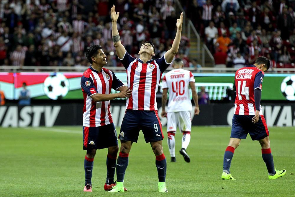 Cuatro goles para el '9' rojiblanco en este torneo, mejor cifra para un mexicano.