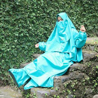 Jas Hujan Muslimah Syari