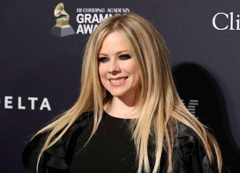 Confirmado: Avril Lavigne tiene nuevo amor