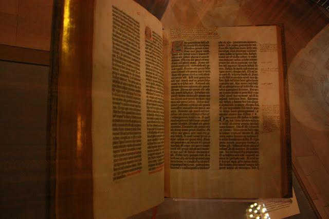 Biblia de Gutenberg en New York