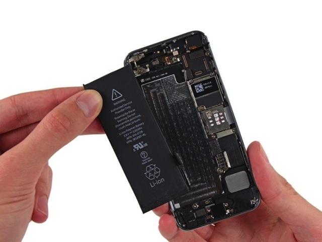 Địa chỉ thay pin iphone 5Se uy tín tại Hà Nội